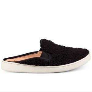 UGG Women's Luci Furry Slip-on Sneakers